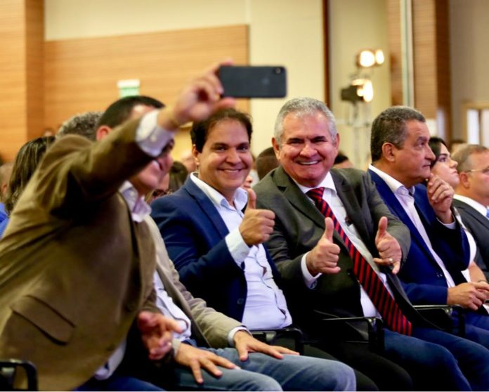 Em lançamento de mutirão de cirurgia, Rui diz que espera ver presidente da ALBA, Angelo Coronel, no Senado em 2019